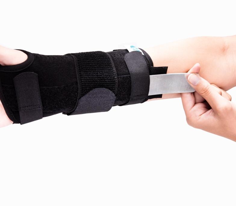 universal wrist brace  u2013 benecare medical